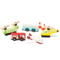 Le Toy Van Airport Set